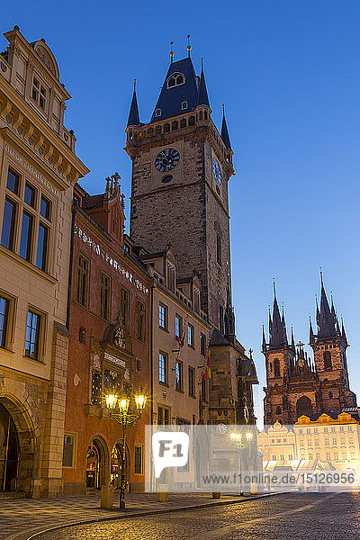 The old town hall and Our Lady before Tyn Church at dawn  UNESCO World Heritage Site  Prague  Bohemia  Czech Republic  Europe
