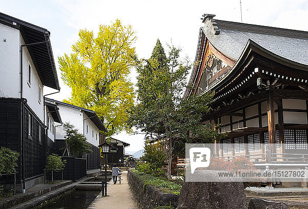 The Enkouji Temple and traditonal houses along the Setogawa Canal in Hida Furukawa  Gifu Prefecture  Japan  Asia