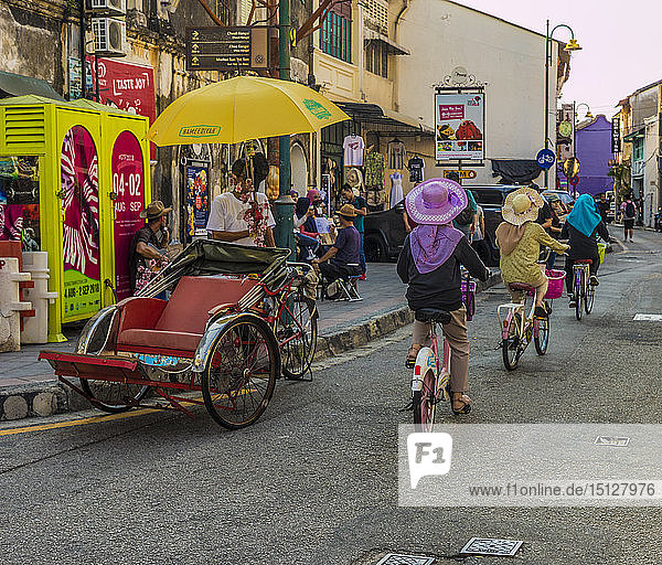 A street scene in George Town  Penang Island  Malaysia  Southeast Asia  Asia