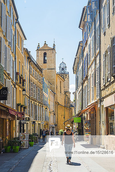 Streets of Aix en Provence  Bouches du Rhone  Provence  Provence-Alpes-Cote d'Azur  France  Europe