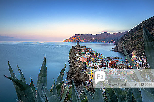 Sunrise on the village of Vernazza from above  Cinque Terre  UNESCO World Heritage Site  Liguria  Italy  Europe