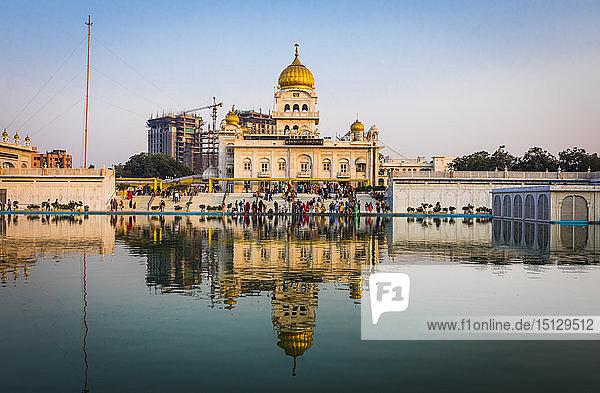 Sri Bangla Sahib Gurdwara (Sikh Temple)  New Delhi  India  Asia