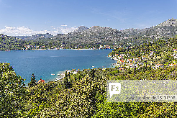 View of Mali Zaton and Adriatic Sea  Dubrovnik Riviera  Croatia  Europe