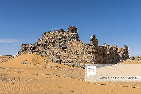 Old ksar  old town in the Sahara Desert  near Timimoun  western Algeria  North Africa  Africa