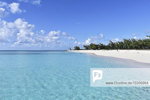 Idyllic  tranquil blue ocean and sunny beach  Grand Turk Island  Turks and Caicos Islands