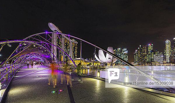 Skyline von Singapur mit Marina Bay  Singapur