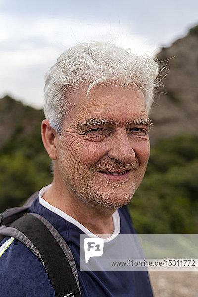 Porträt eines älteren Wanderers