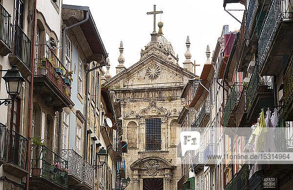 Igreja Paroquial de Nossa Senhora da Vitoria  Porto  Portugal