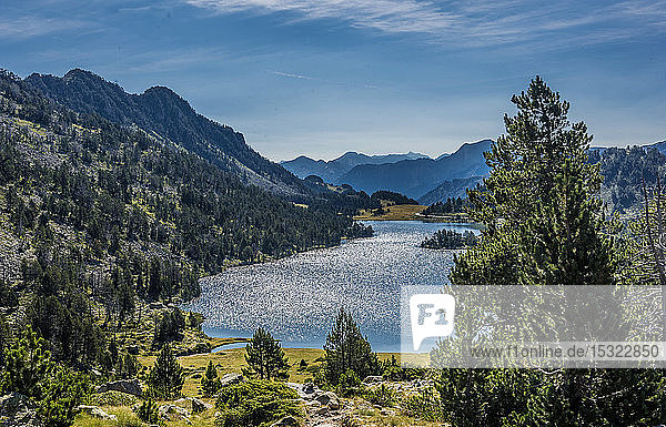 France  Hautes-Pyrenees  Haute Vallee d'Aure  Neouvielle National Nature Reserve  the Aumar lake seen from La Hourquette d'Aubert pathway