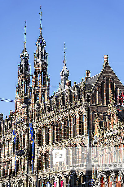 Magna Plaza shopping centre housed in a former 19th century post office building  Amsterdam  North Holland  The Netherlands  Europe