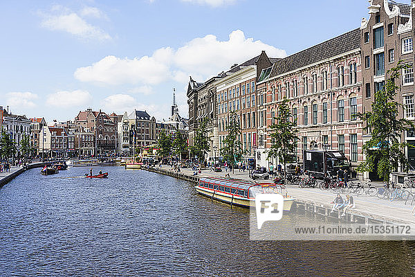 Tourist boats on Rokin  Amsterdam  North Holland  The Netherlands  Europe