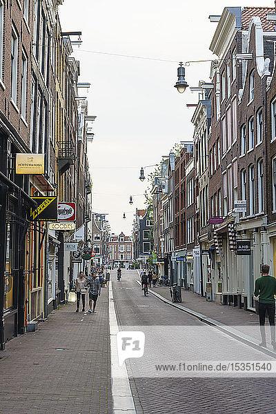 The Nine Streets district (De Negen Straatjes)  a neighbourhood of quirky shops and restaurants  Amsterdam  North Holland  The Netherlands  Europe