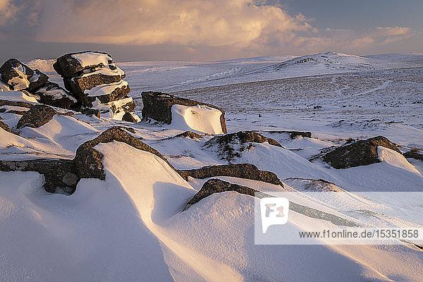 Winter snow at Rowtor  Dartmoor National Park  Devon  England  United Kingdom  Europe