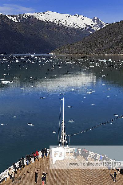 Cruise ship  Endicott Arm  Holkham Bay  Juneau  Alaska  United States of America  North America