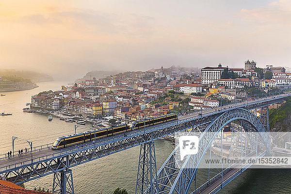 Ponte Dom LuÃs I Ã?ber den Douro,  Porto,  Portugal