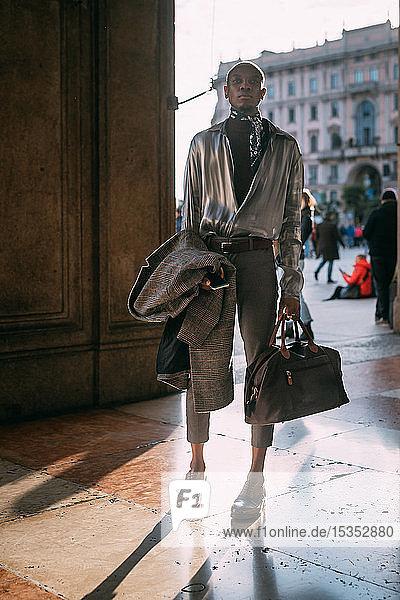 Stilvolle Herrenhäuser nach Epoche an der Piazza  Mailand  Italien