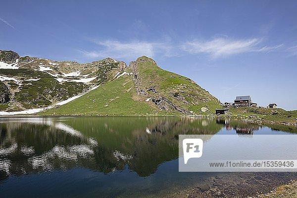 Wildseeloderhaus am Wildseelodersee  1854m  Fieberbrunn  Kitzbüheler Alpen  Tirol  Österreich  Europa