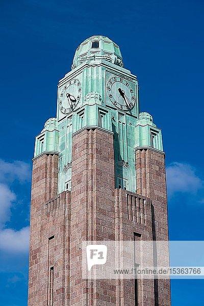 Uhrturm  Hauptbahnhof  Helsinki  Finnland  Europa