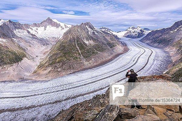 Ausblick auf Großen Aletschgletscher  Kanton Wallis  Schweiz  Europa