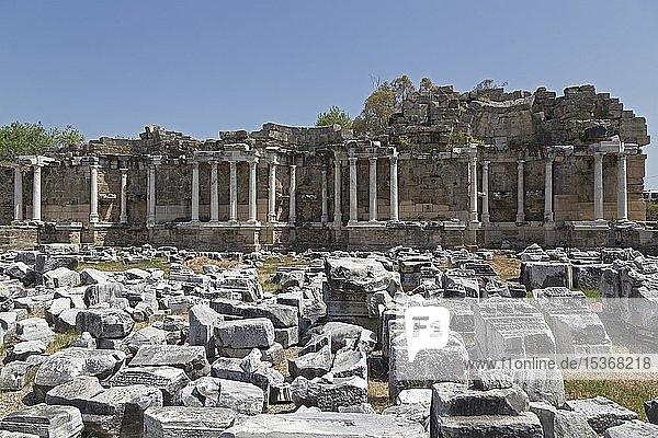 Überreste des Brunnen Nymphaeum  Side  Provinz Antalya  Türkei  Asien