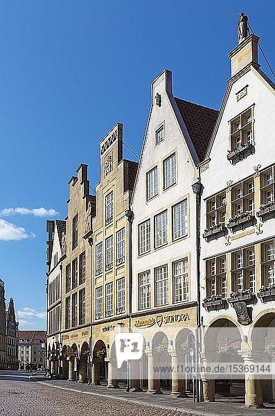 Historic gabled houses at Prinzipalmarkt  Münster  Münsterland  North Rhine-Westphalia  Germany  Europe