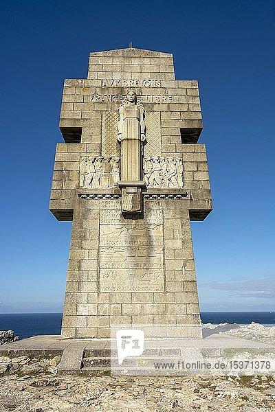 Camaret-sur-mer  Pointe de Pen-Hir  Das Denkmal für die Bretonen des freien Frankreichs  Departement Finistere  Bretagne  Frankreich  Europa