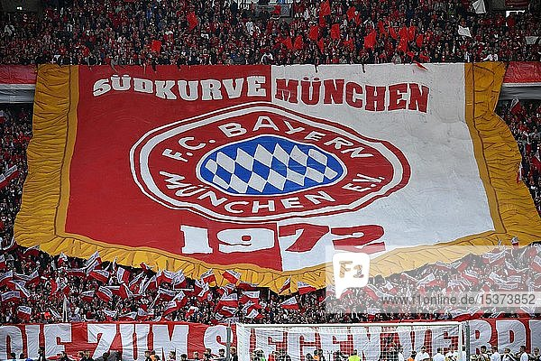 Fanchoreographie  Fanblock FC Bayern München  Pokalfinale 2019  DFB-Pokal  Olympiastadion  Berlin  Deutschland  Europa