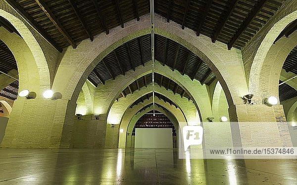Gotisches Gewölbe  Innenansicht  Werft-Hallen aus dem 14. Jh.  Drassanes del Grau  Las atarazanas del Grao  Valencia  Spanien  Europa