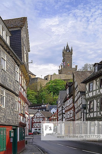 Wilhelmsturm über der Altstadt  Oranienstadt Dillenburg  Hessen  Deutschland  Europa