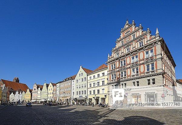 Häuserzeile  Altstadt  Landshut  Niederbayern  Bayern  Deutschland  Europa