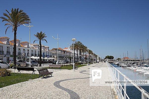 Uferpromenade  Vila Real de Santo Antonio  Algarve  Portugal  Europa