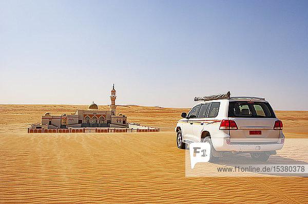 Moschee in der Wüste  Wahiba Sands  Oman