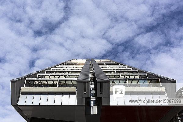 Slowenien  Ljubljana  Wohngebäude R5