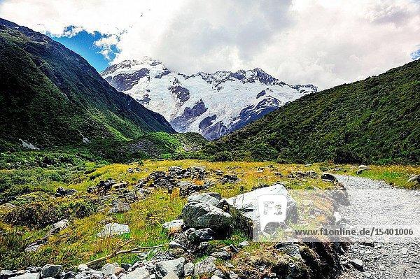 Mount cook  New Zealand scenery
