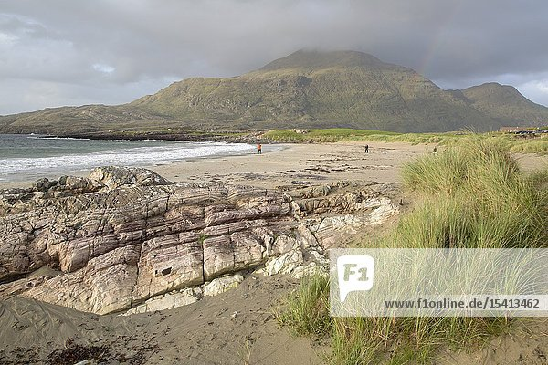 Coastline at Glassillaun Beach  Connemara National Park  Ireland.
