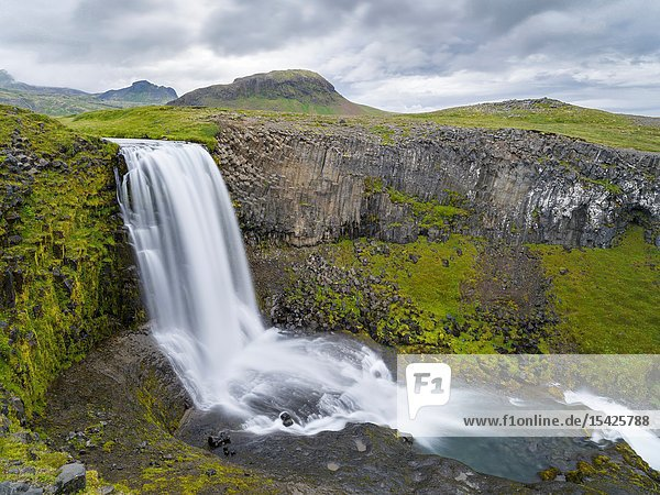 Waterfall Svoedufoss (Svoethufoss). Landscape on peninsuala Snaefellsnes in western Iceland. Europe  Northern Europe  Iceland.