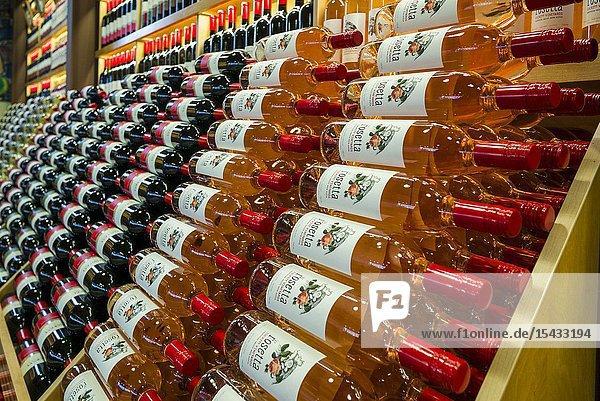 Canada  Nova Scotia  Annapolis Valley  Wolfville  Luckett Vineyards  winery store  wine bottles.