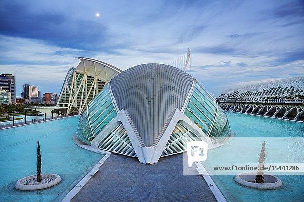In the foreground Hemisferic. In the background Principe Felipe Science Museum. City of Arts and Sciences.Architect Santiago Calatrava. Valencia. Comunidad Valencia. Spain. Europe..