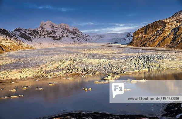 Skaftafellsjokull Glacier  Vatnajokull National Park  Iceland.