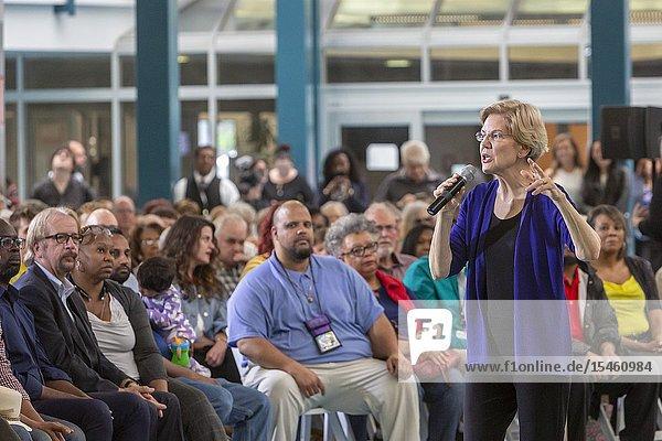 Detroit  Michigan - Senator Elizabeth Warren holds a 'community conversation' in Detroit as part of her campaign for the 2020 Democratic presidential nomination.