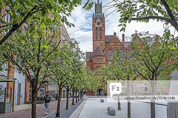 Oozells Square  in background Ikon gallery  Birmingham  England.
