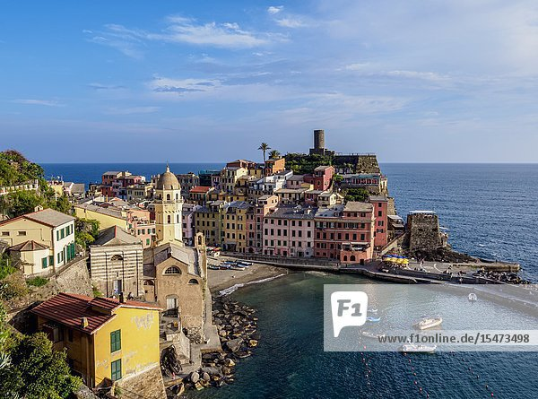 Vernazza Village  elevated view  Cinque Terre  UNESCO World Heritage Site  Liguria  Italy.