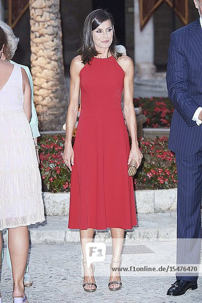 Queen Letizia of Spain Host A Dinner For Authorities at Almudaina Palace on August 7  2019 in Palma  Spain