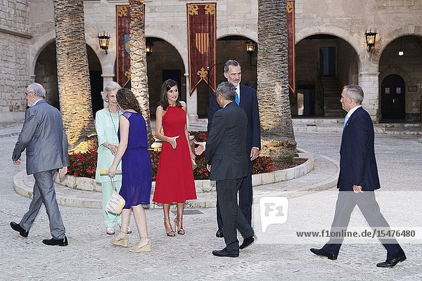 The former Queen Sofia  Queen Letizia of Spain  King Felipe VI of Spain Host A Dinner For Authorities at Almudaina Palace on August 7  2019 in Palma  Spain