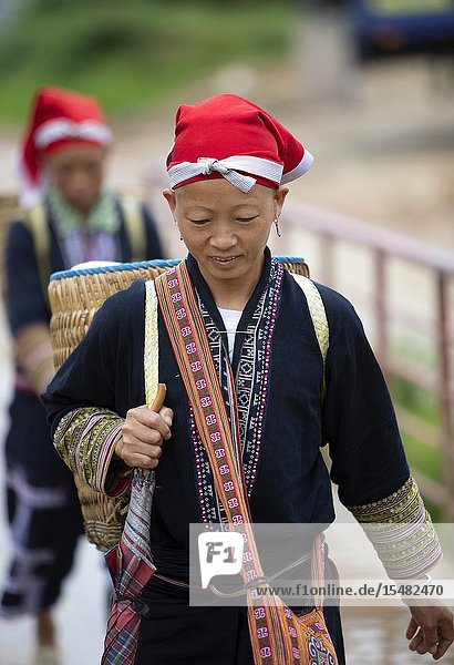 Woman of the Red Dao ethnic minority  Ta Phin Village  Sa Pa  Lao Cai Province  Vietnam  Asia.