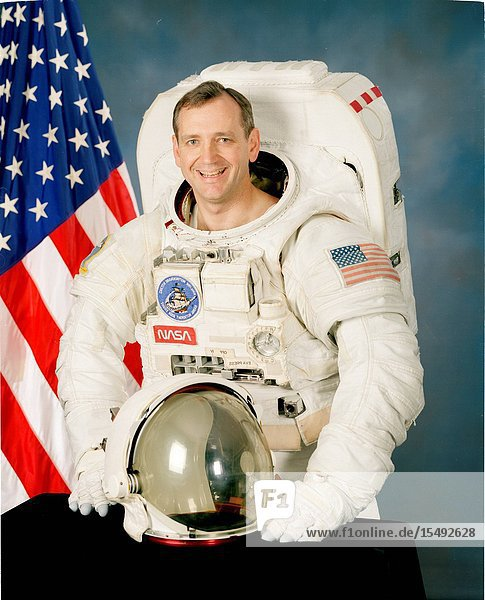 Thomas D. Akers  astronaut  mission specialist.