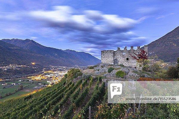 Grumello castle at dusk. Sondrio  Valtellina  Lombardy  Italy  Europe.