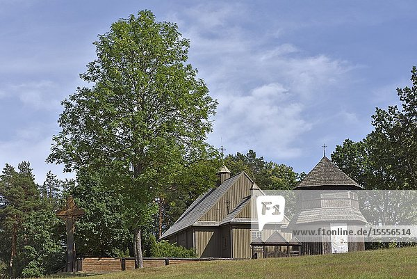 Paluse Church  one of the oldest wooden church in Lithuania  Aukstaitija National Park  Lithuania  Europe.