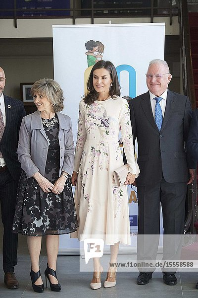 Queen Letizia of Spain attends 'World Mental Health Day 2019' at La Latina Theatre on October 9  2019 in Madrid  Spain