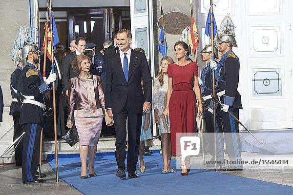 King Felipe VI of Spain  Queen Letizia of Spain  Crown Princess Leonor  Princess Sofia  The former Queen Sofia leaved Campoamor Theater after Princesa de Asturias Award 2019 ceremony on October 18  2019 in Oviedo  Spain